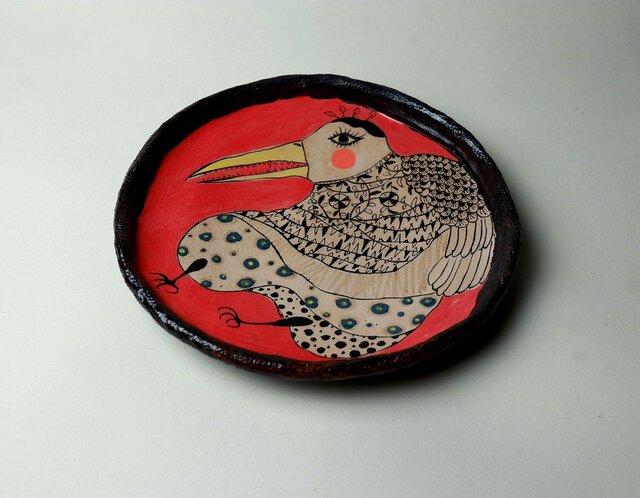 豊かな鳥の皿/ 瀬戸黒/ 色絵付け / 鳥の器/ 赤い皿 /かわいい食器 / 陶芸家つくる愉しい器/ 現代陶芸の画像1枚目