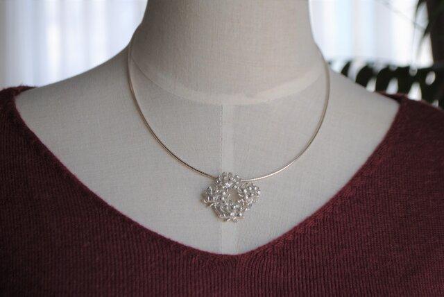 『永遠のシロツメクサ花冠』首飾りセットの画像1枚目
