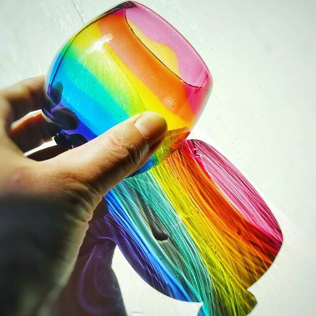 虹色のまんまるグラス ゴールドルビーリップ✱ご注文前にメッセージをお願いしますの画像1枚目