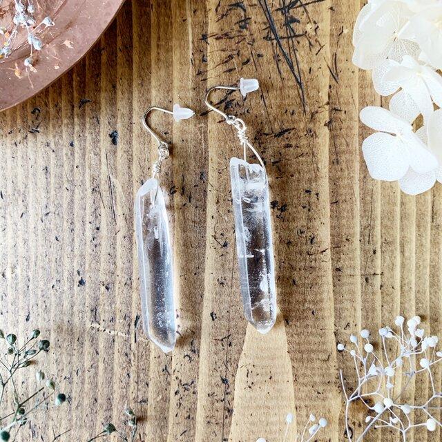 【4月の誕生石】水晶(クリスタルクォーツ)の氷柱ピアス/イヤリング Vol.2の画像1枚目