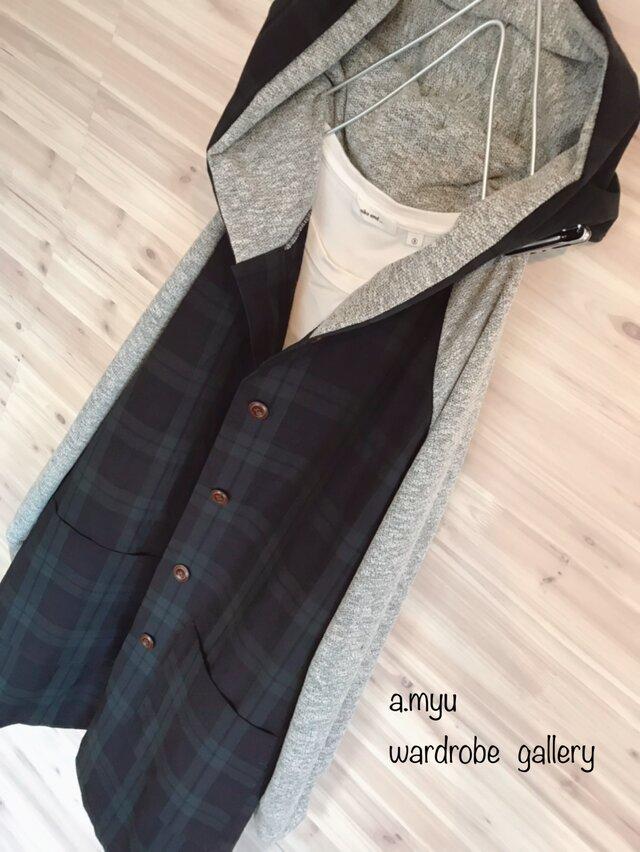 a.myu春♪ブラックウオッチとグレー異素材ラグラン袖フード大きめ膝丈コートの画像1枚目
