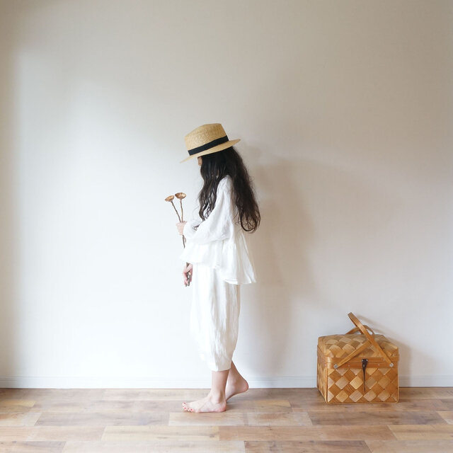 French linen gather blouse OFF/W kids 3(120cm~),4(140cm~)sizeの画像1枚目