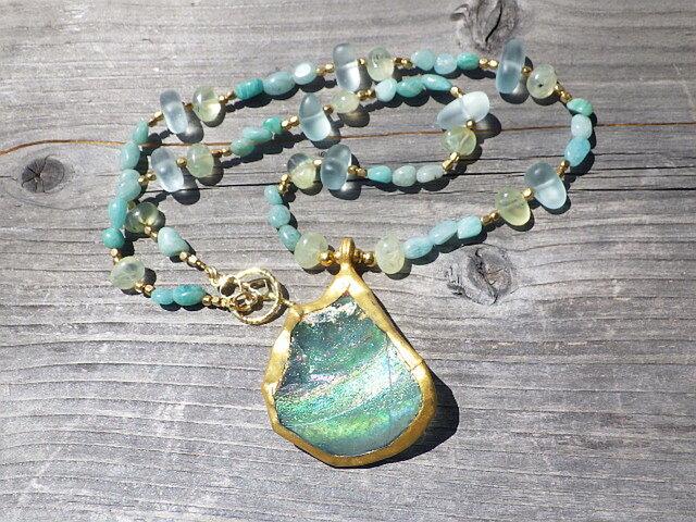 Ancient Roman-glass *銀化*ビッグサイズ古代ローマングラスの海の女神ネックレスの画像1枚目