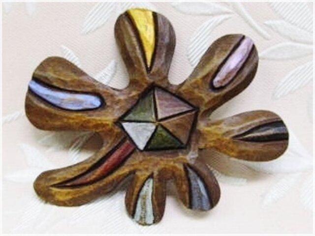木彫ブローチ(エネルギー)・IB-239の画像1枚目