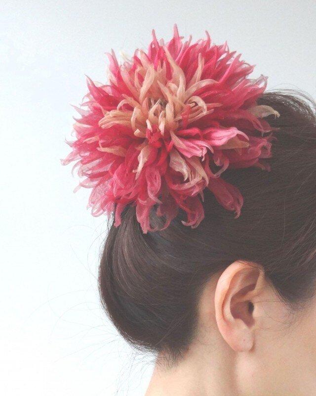 オレンジ~真っ赤なダリア * 2種シルク製 * コサージュ 髪飾の画像1枚目