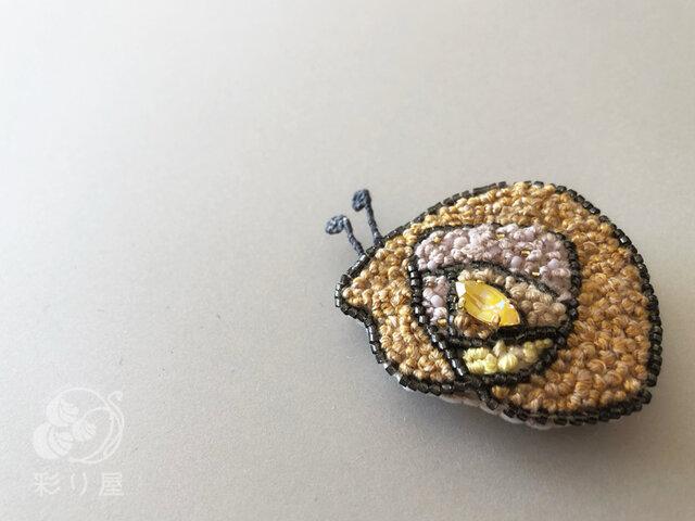ブローチ【カタツムリ】黄の画像1枚目