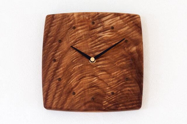 杢のある板の壁掛け時計1の画像1枚目