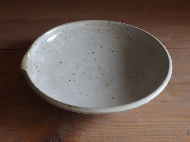 7寸浅鉢(片口・フチ櫛)の画像1枚目