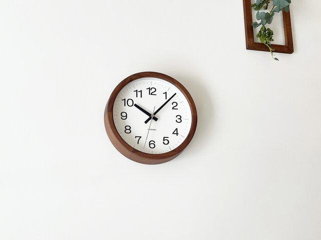 KATOMOKU muku clock 16 ウォールナット km-108WARC 電波時計 掛け時計 連続秒針 小さいサイズの画像1枚目