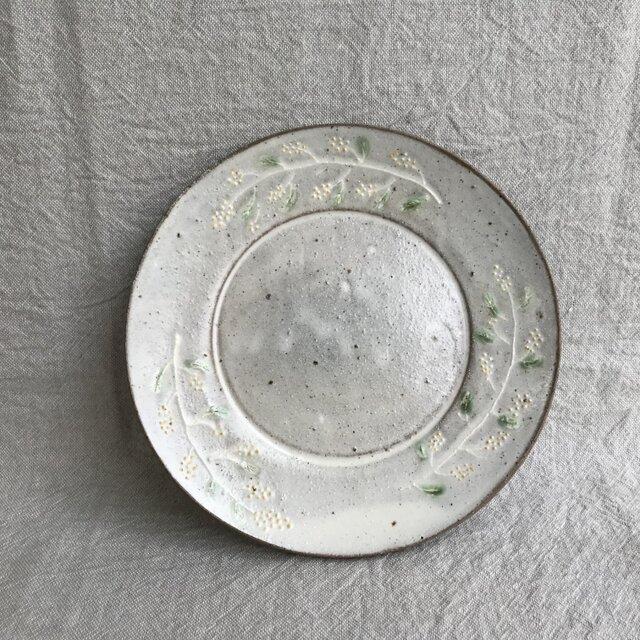 粉ひきのパン皿(ミモザ柄)の画像1枚目