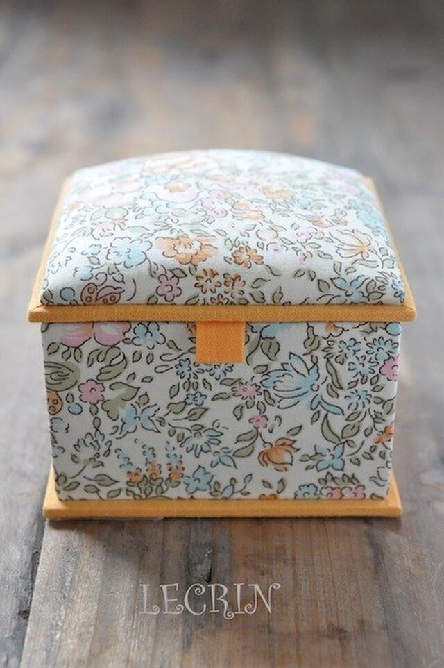 リバティ カルトナージュBox (Orange Flower)の画像1枚目
