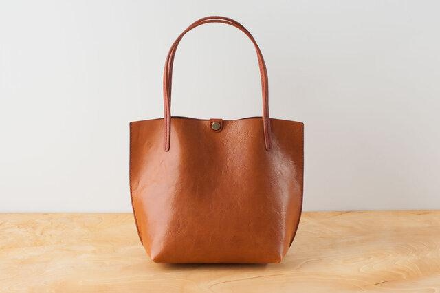 日本製牛革手縫いの小型トートバッグ  /  キャメル※受注製作の画像1枚目
