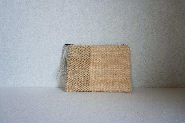 裂き織りのフラットポーチ [草木のいろ・玉ねぎ]の画像1枚目