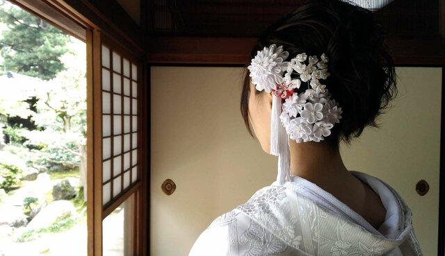 つまみ細工の花嫁さんの画像1枚目