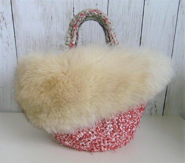 ¶ new antique fur ¶ 裂き編みバッグ with ボリューム感たっぷりブルーフォックスファーの画像1枚目