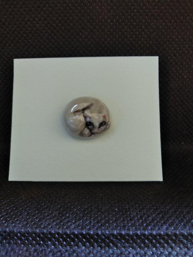 動物石 ピンズ ネコ(白色)の画像1枚目