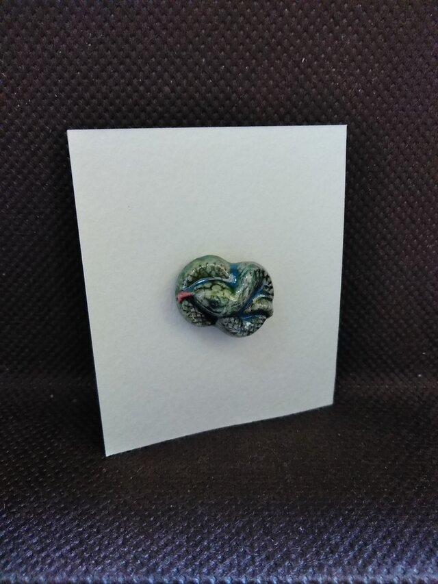 動物石 ピンズ ヘビ(緑色)の画像1枚目