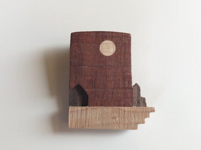 受注制作 木のブローチ 満月の画像1枚目