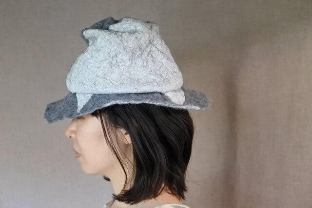 wool と cottonでつくられた春夏のハット 12.の画像1枚目