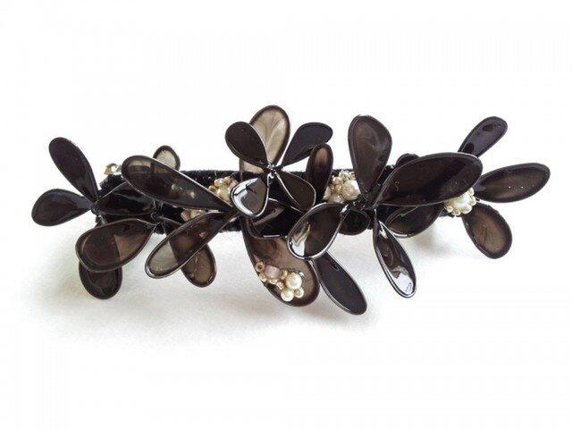 髪飾り*black flower バレッタの画像1枚目