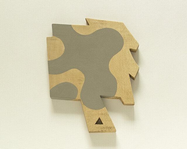 木彫手鏡(sharp and obtuse)の画像1枚目