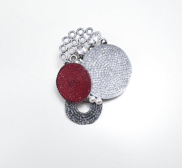 フレンチボタンのブローチ(ホワイト&レッド)の画像1枚目