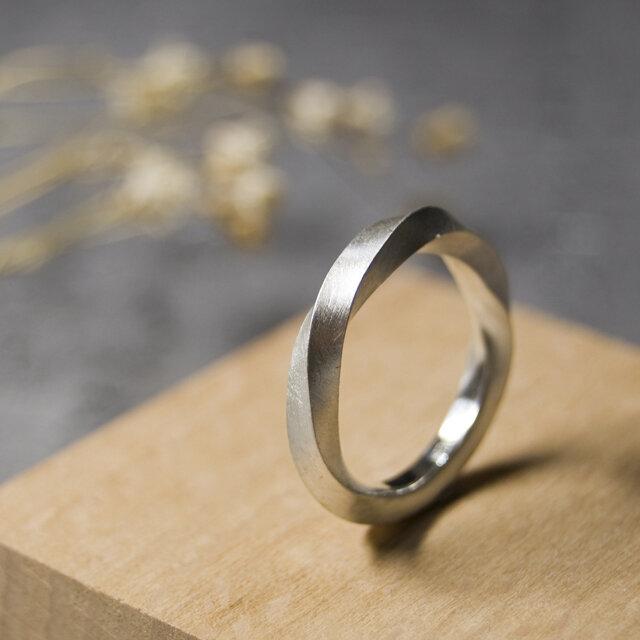 つや消し シルバーツイストリング 2.5mm幅 マット シルバー950 SILVER RING 指輪 シンプル 256の画像1枚目