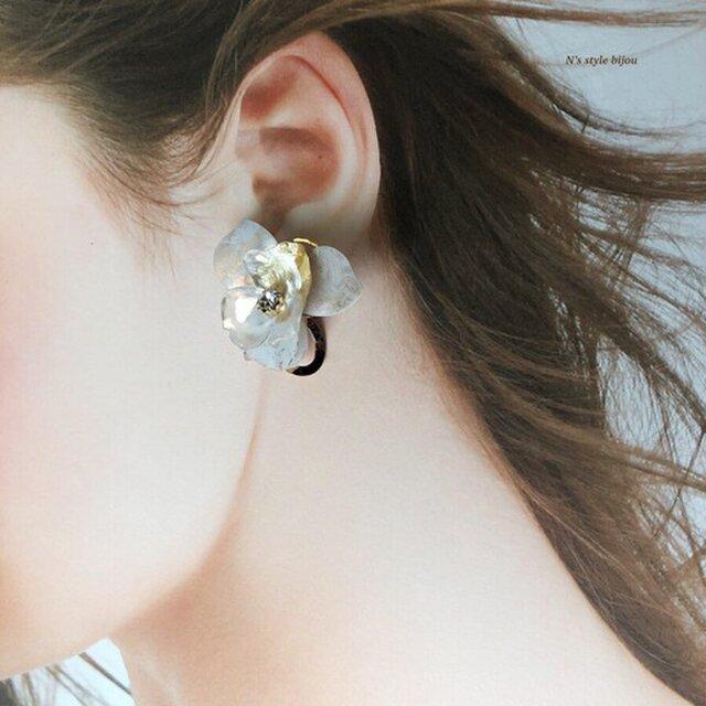 《再販》植物図鑑 himesyara  姫沙羅 (ピアス)ホワイトゴールド ※イヤリング付け替え可の画像1枚目