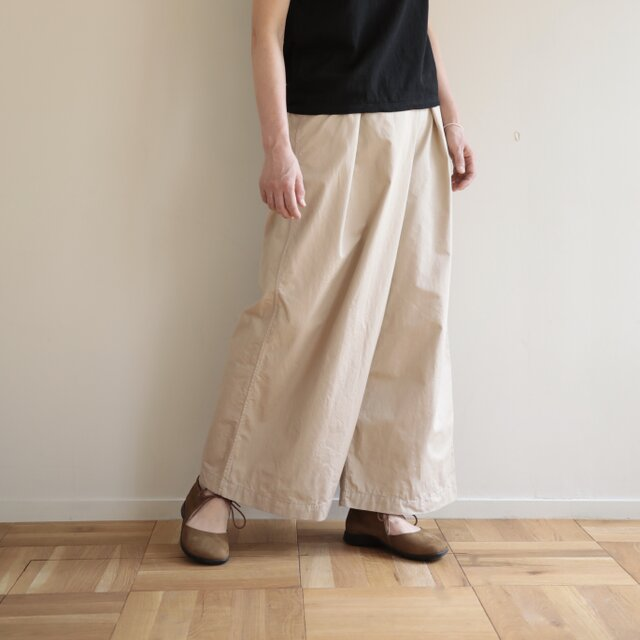 shiki pants / light beigeの画像1枚目