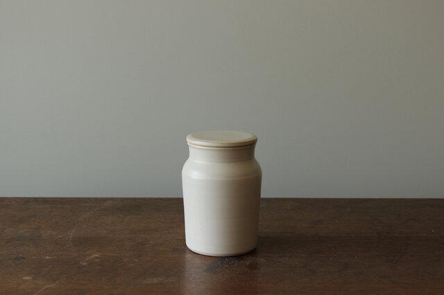 蓋付き瓶の画像1枚目