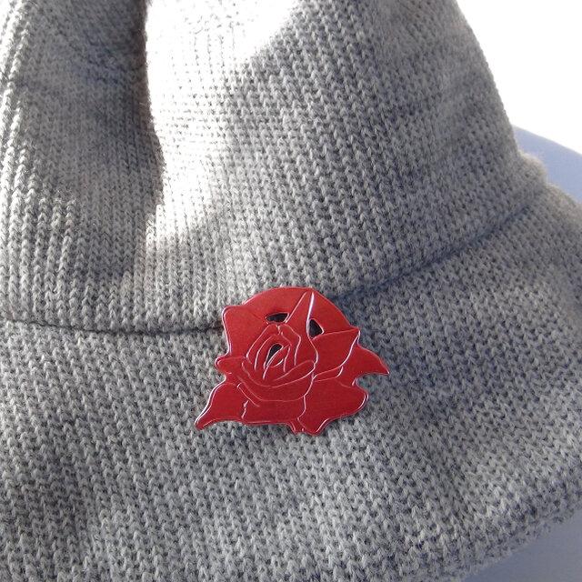 灯~AKARI~薔薇の緋銅ブローチの画像1枚目