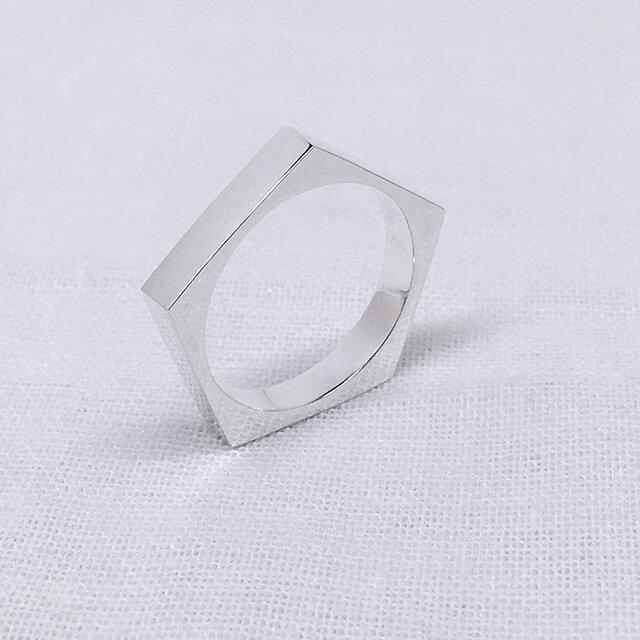 ペンタゴン(五角形)のシルバーリングの画像1枚目