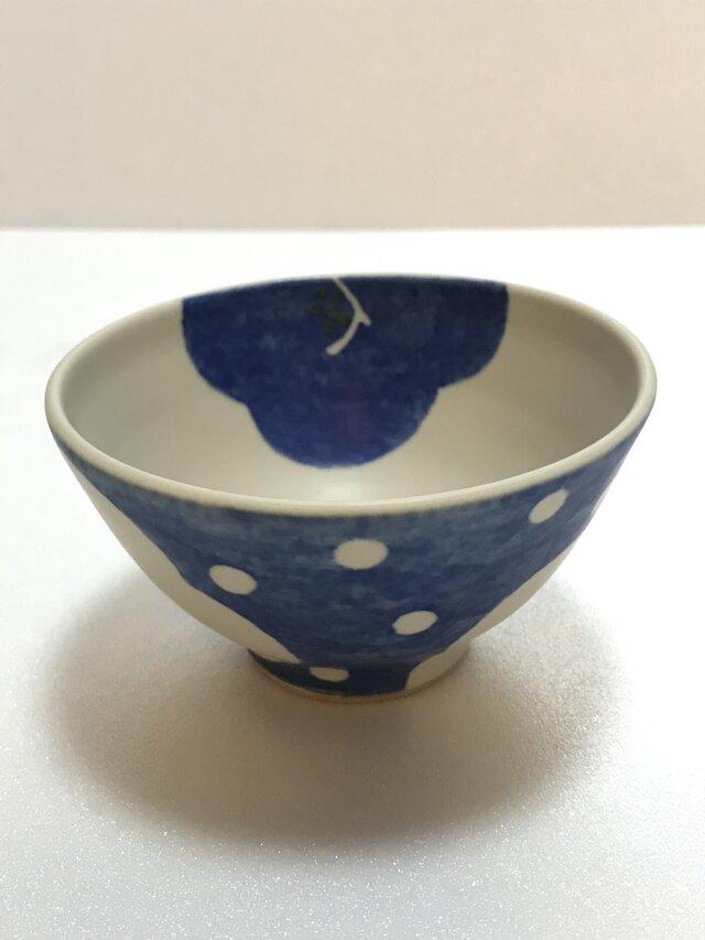 小さいお茶碗 大きな花 ④の画像1枚目