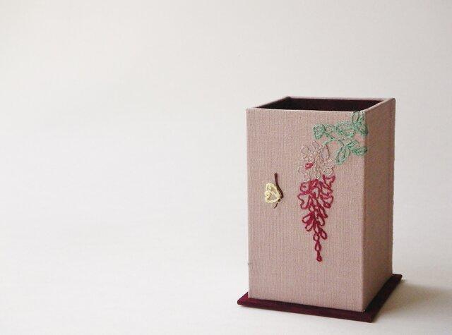 リネン・メガネスタンド『藤と蝶』の画像1枚目