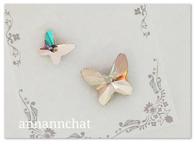 【スワロフスキー 二羽の蝶(ゴールデンシャドウ・シルク)幸運のピンブローチ】2個セットの画像1枚目