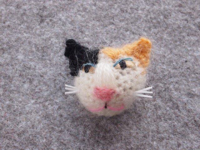 8割れ猫ブローチ kuro×beigeの画像1枚目