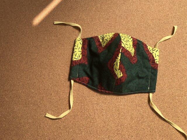 e152-アフリカ布マスク厚手タイプの画像1枚目