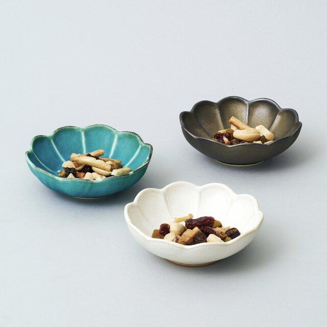【受注生産】輪花小鉢・豆鉢 3色セットの画像1枚目