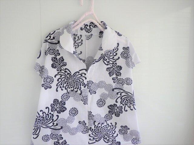 爽やか浴衣のブラウス 菊の画像1枚目