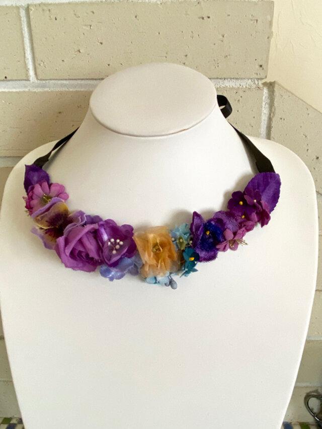 Choker of blue and purple flowersの画像1枚目