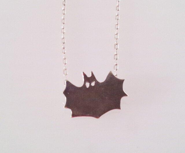 BAT silver pendant コウモリの画像1枚目