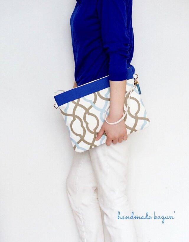 一点モノ!表/裏2デザイン・ブルーモロッカン柄のクラッチバッグ (本革持ち手)の画像1枚目