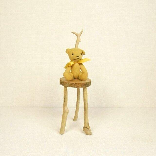 イチョウの皮つき輪切り丸太の3本足椅子型スタンド002スリムベージュ 置き台 流木インテリアの画像1枚目