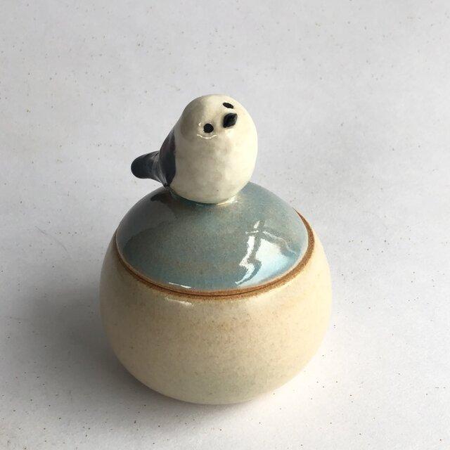陶のハコ・手のり小鳥「シマエナガ」の画像1枚目