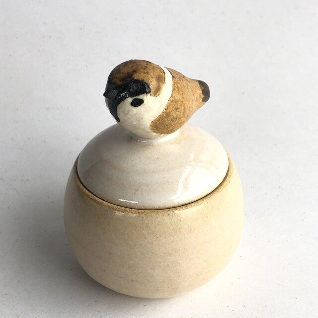 陶のハコ・手のり小鳥「すずめ」の画像1枚目