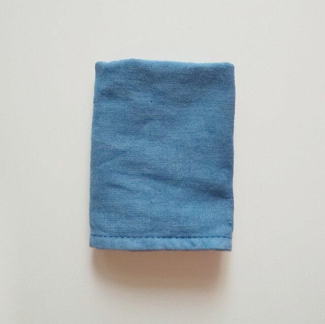 再販 草木染めガーゼタオルハンカチ インド藍の画像1枚目