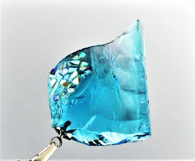 ダルビレットブルザイガラスのペンダント ブルーの画像1枚目