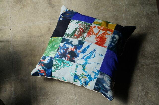 Shibori-Leatherクッションふわふわ質感No.1の画像1枚目