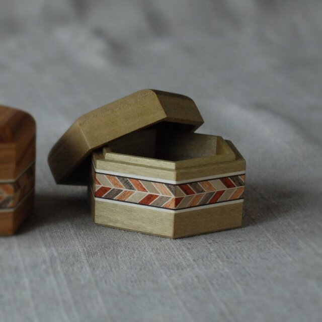 六角小箱(小、朴)の画像1枚目