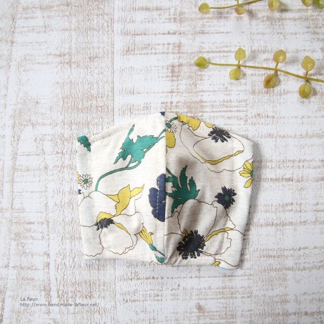 子供用3重立体マスク*フィルターシート用ポケット付 夏用 レトロ花柄 キッズマスクの画像1枚目